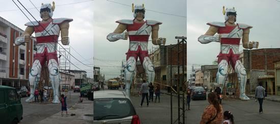 Estátua gigante do Seiya protege cidade no Equador. Seya
