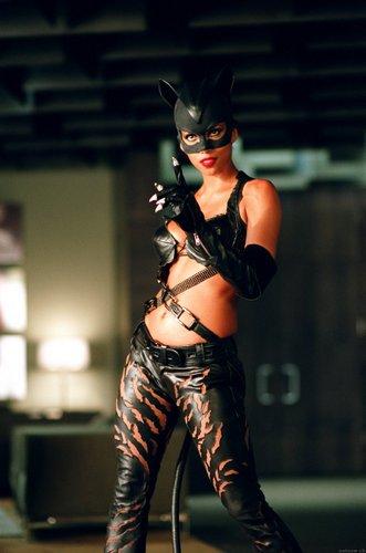 1-CatwomanHB