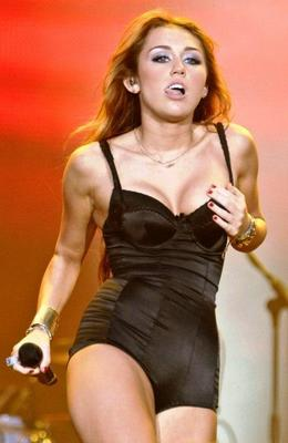 1-Miley-Cyrus-hot-black-one-piece