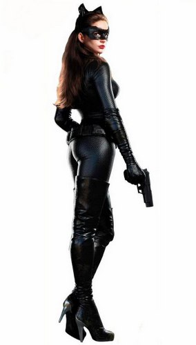 1-anne-hathaway-catwoman