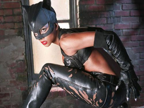1-halle-berry-catwoman