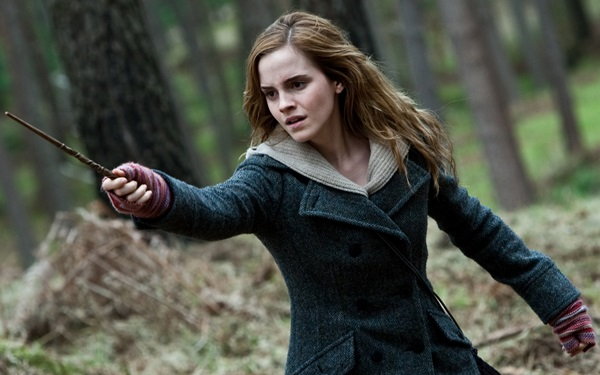 hermione-granger-hp7-woods-wand-2560x1600