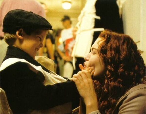 Behind-the-scenes-titanic-8653813-580-453