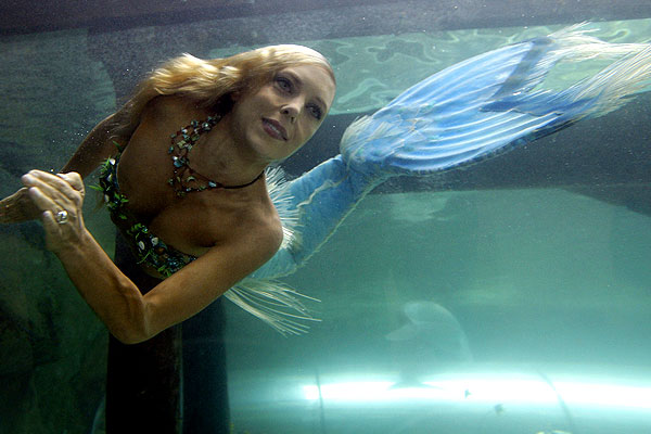 648758-hannah-the-mermaid