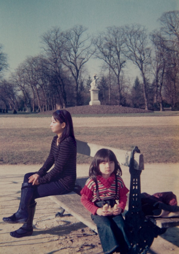 chino-otsuka-inserts-her-adult-self-into-childhood-photos-designboom-24