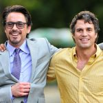 robert-downey-jr-mark-ruffalo-avengers-set03