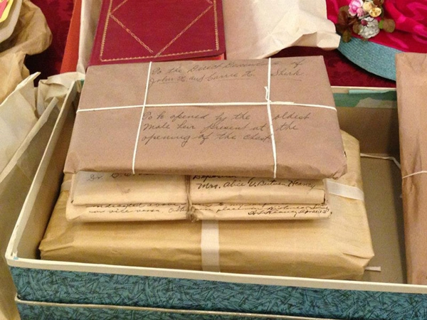 century-chest-oklahoma-100-year-old-time-capsule-contents-unveiled-14