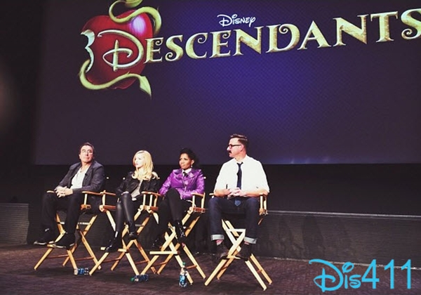 dove-cameron-dec-17-2013-descendants