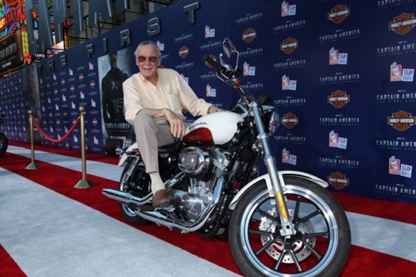 Stan Lee na premiere de Capitão América: O Primeiro Vingador (2011)