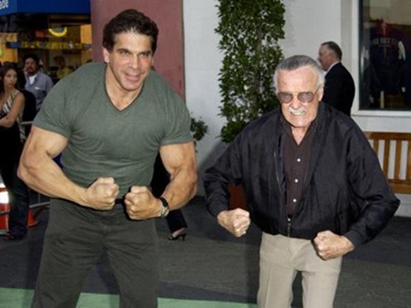 Stan Lee na premiere de Hulk (2003)