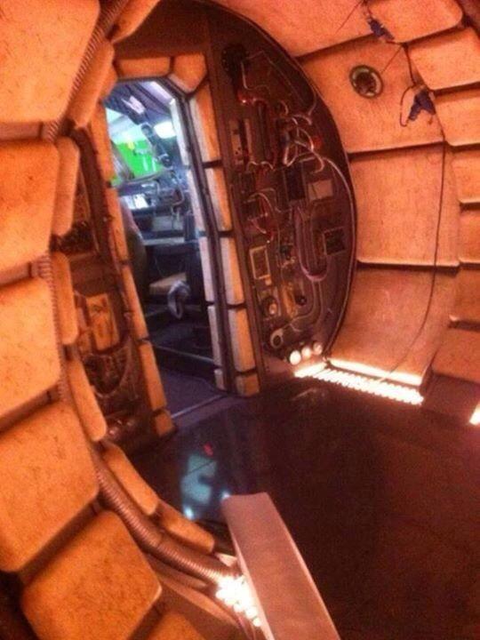 Star Wars VII Millennium Falcon